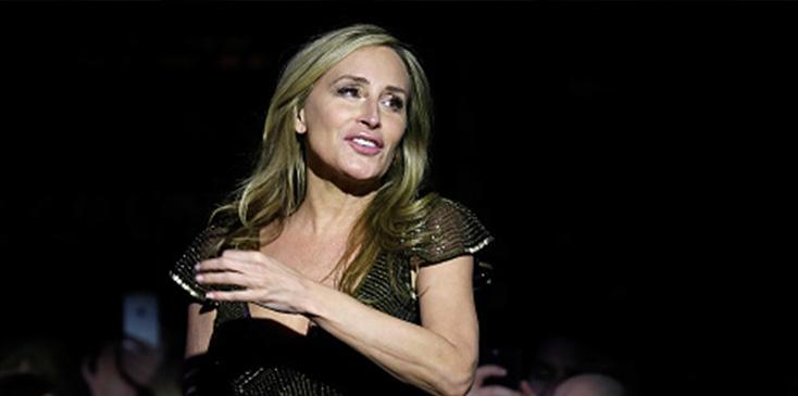 Sonja morgan dress comes undone on stage luann de lesseps cabaret