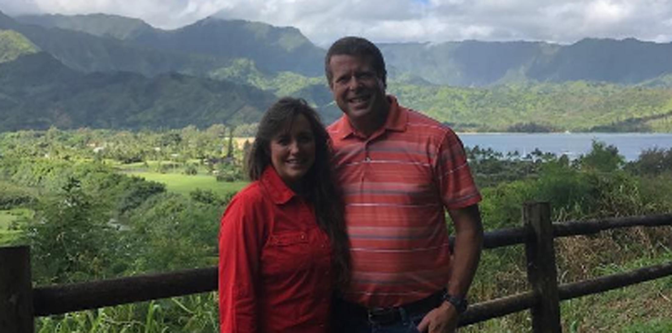Jim bob michelle duggar get wild on hawaiian vacation hero