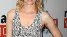 2011__04__Elizabeth_Banks_April19newsnea 226×300.jpg