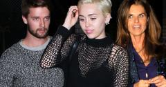 Miley and patrick having dinner with mom