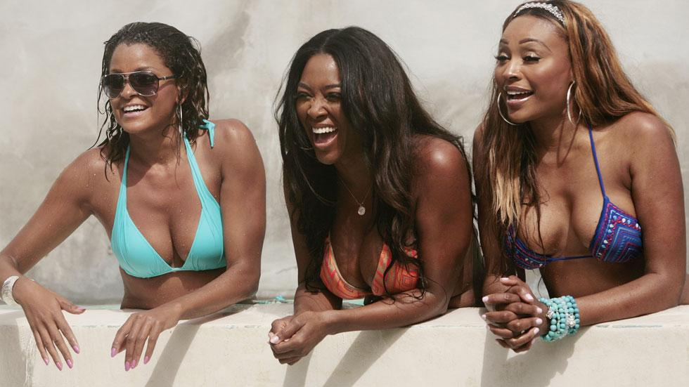 Rhoa cast reconciles group trip season 8 (1)
