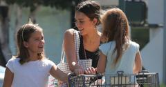 *EXCLUSIVE* Jessica Alba takes her daughters grocery shopping at Bristol Farms