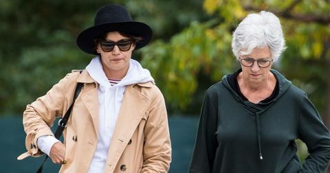 Katie Holmes Spends Day With Mom Pixie Cut Photos hero