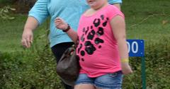 Honey Boo Boo shows off her new Louis Vuitton bag in McIntyre, GA