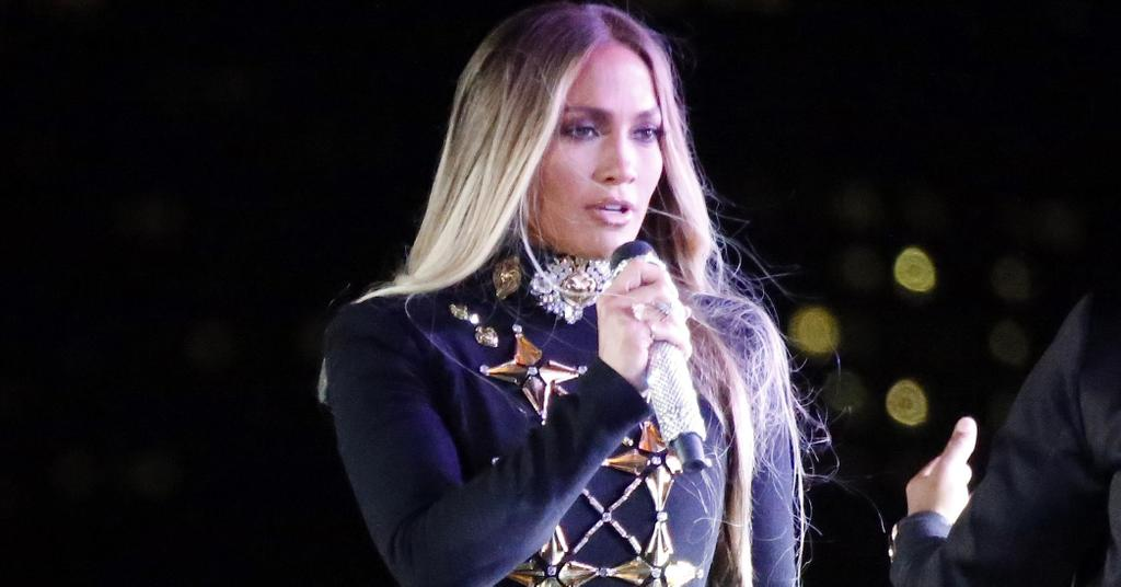 J.Lo Suffers Nip Slip During Dinner Date With French Montana