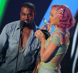 2011__08__Katy_Perry_Kanye_August29 300×282.jpg