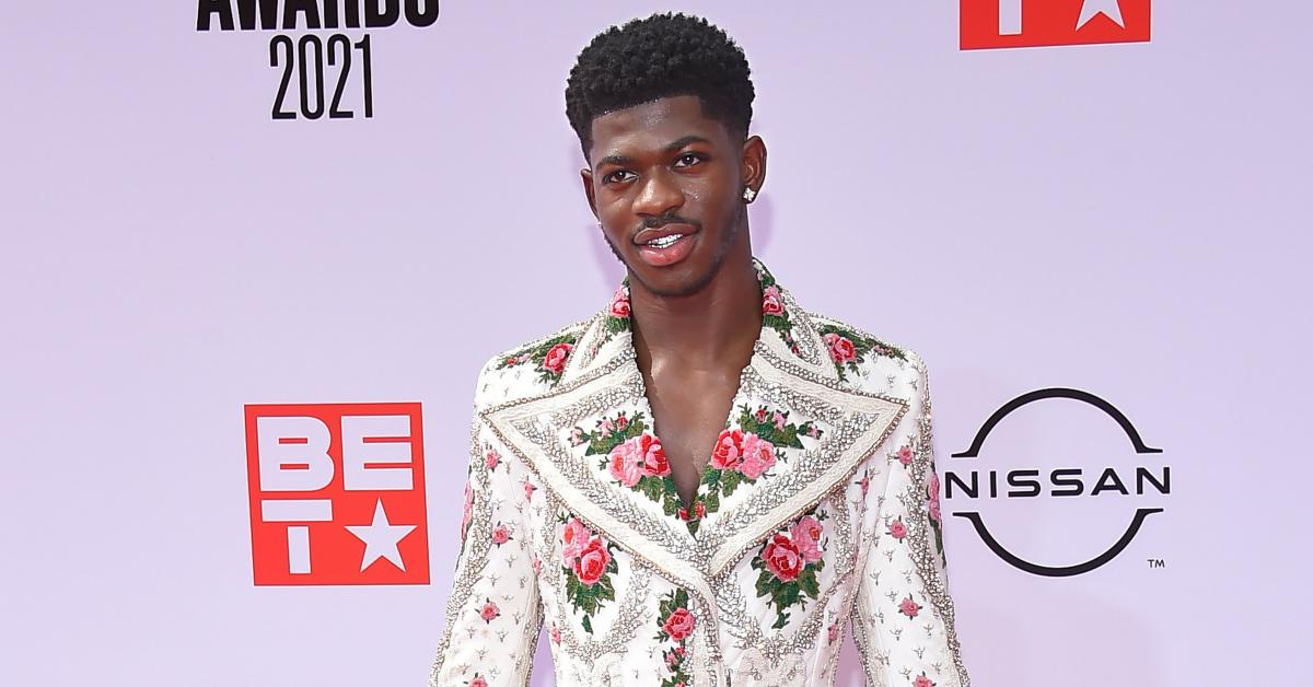 lil nas x responds to haters on twiter over shocking new video