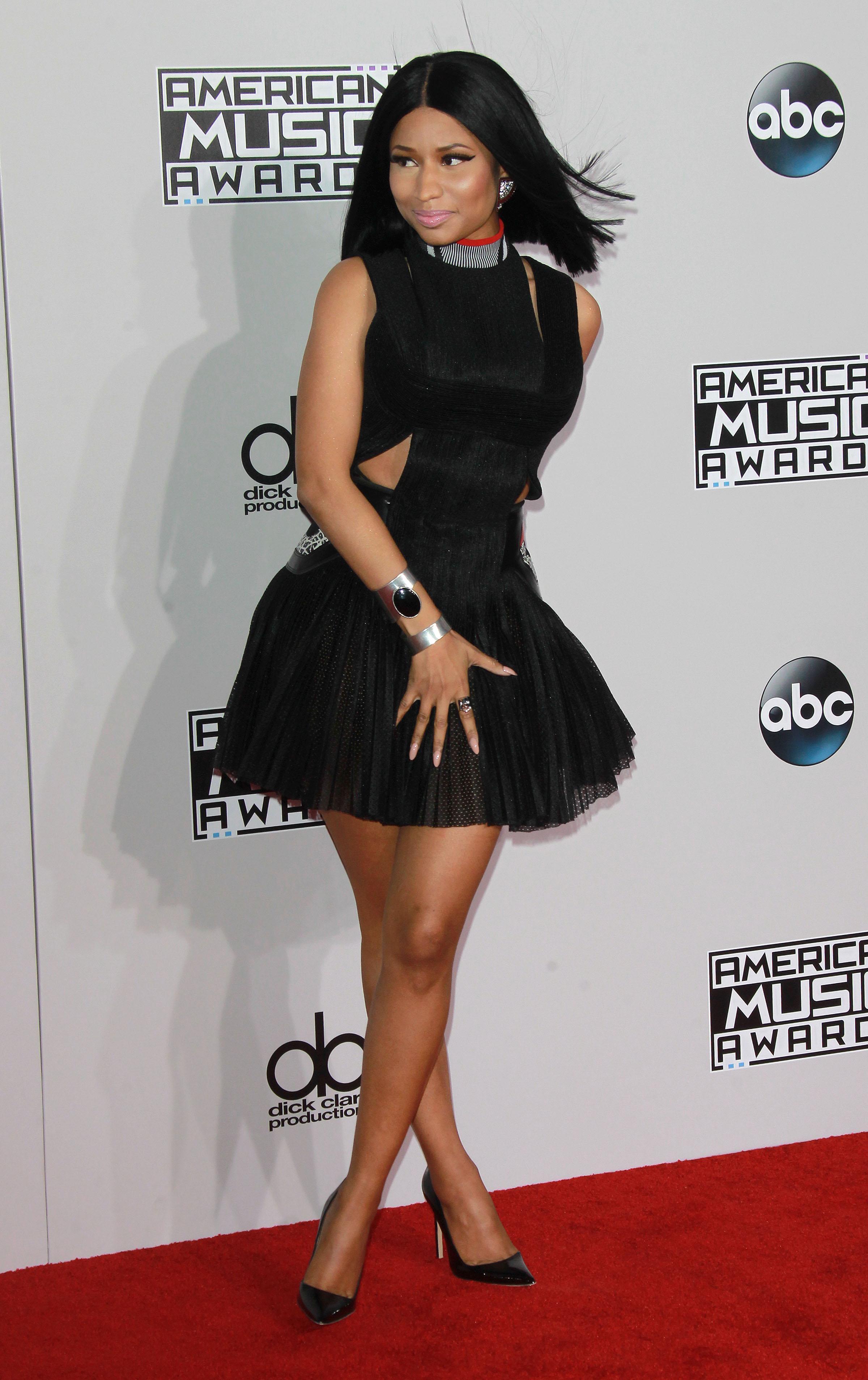 Nicki Minaj arriving at the 2014 American Music Awards