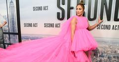 Jennifer lopez pink dress post pic