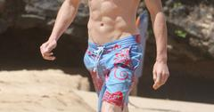 Graham Rogers puts his beach body on display in Hawaii