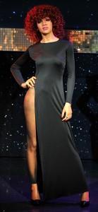 2011__10__Rihanna Oct3newsbt 139×300.jpg