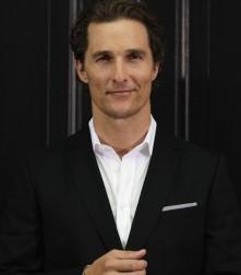 2011__08__Matthew McConaughey Aug17ne 221×300.jpg
