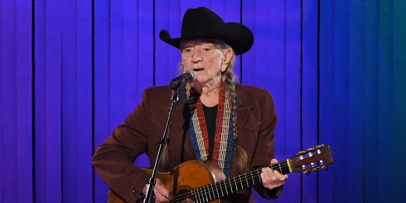 country-legend-willie-nelson-i-messed-up-another-marriage