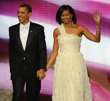 2010__03__okmagazine_barack obama michelle obama 225×208.jpg