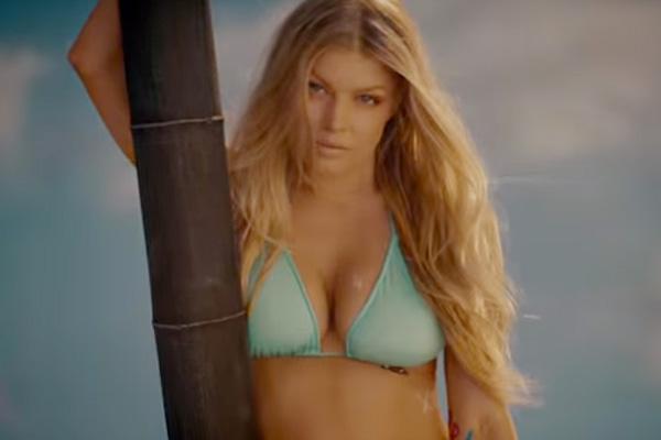 Fergie la love bikini