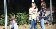 Rachel bilson briar christmas shopping