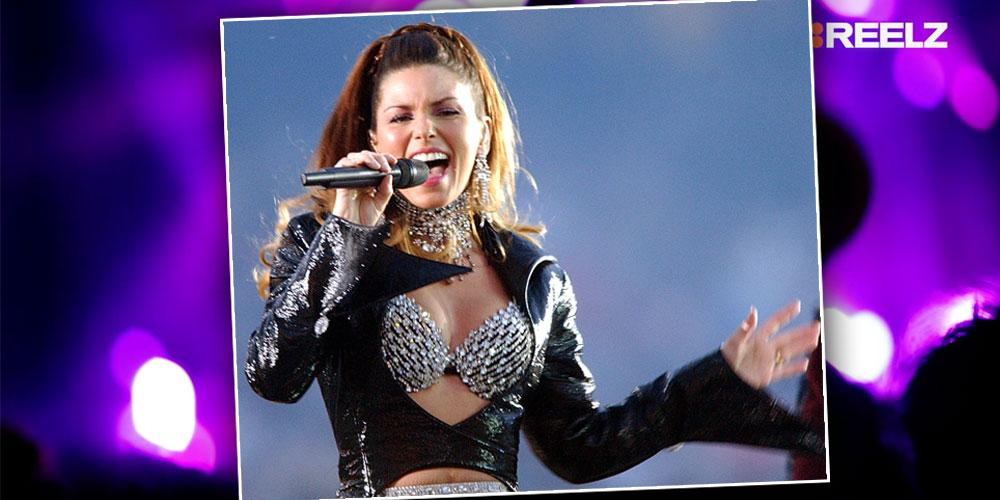 Shania Twain performs during the halftime show of Super Bowl XXXVII Reelz