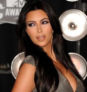 2011__08__Kim Kardashian Aug30newsbt 00 283×300.jpg