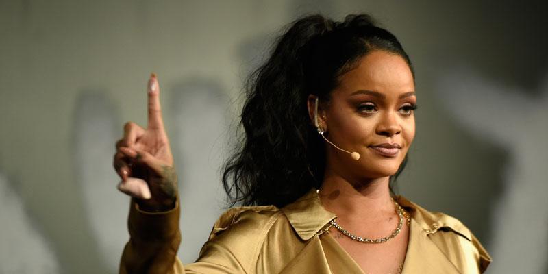 Rihanna VS post pic final