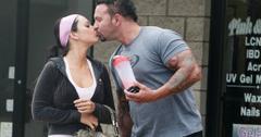 Jwoww kissing roger.jpg
