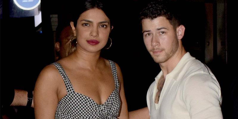 Priyanka chopra nick jonas beach india date