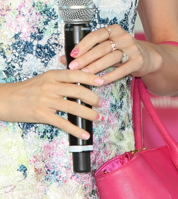 Miranda kerr manicure monday 1