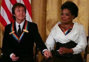 2010__12__Oprah_Paul_Dec291 300×210.jpg