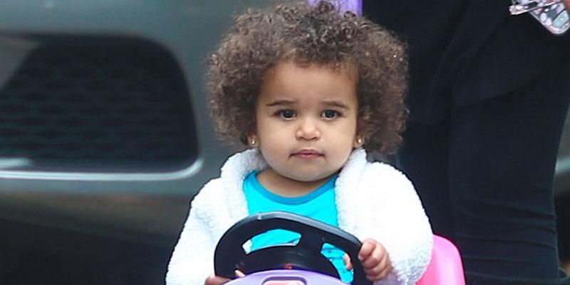 Dream kardashian shows curls hair main