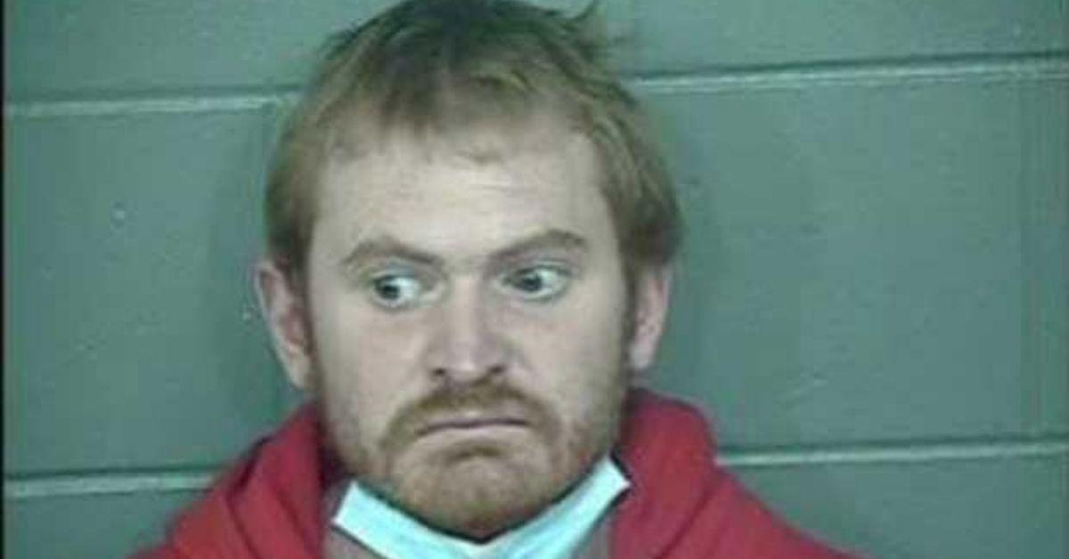 man arrested girlfriend ms bathtub days twin girls closet
