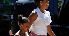 2010__08__Michelle_Obama_Aug9news 300×228.jpg