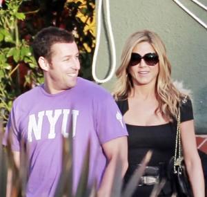 2010__05__Adam_Sandler_Jennifer_Aniston_May3newsne 300×285.jpg