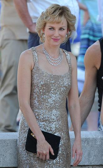 Naomi watts princess diana july2 caught in flight.jpg