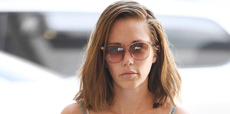 Kendra wilkinson baskett sobs instagram stories amid divorce hank baskett