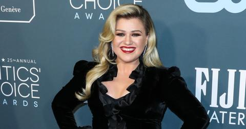Kelly Clarkson at the 25th Annual Critic's Choice Awards - Los Angeles
