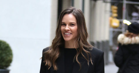 hilary-swank-suing-sag-over-healthplan-ovarian-cyst