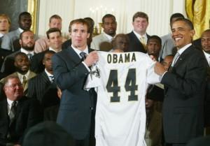 2010__08__Obama_Saints_Aug10_1_54 300×209.jpg
