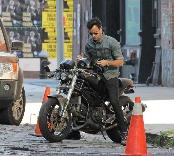 Justin Theroux riding his motorbike in New York