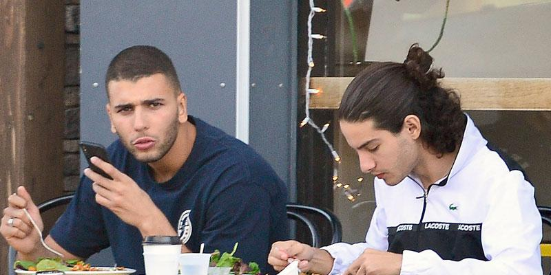Younes Bendjima Eating Lunch With His Brother