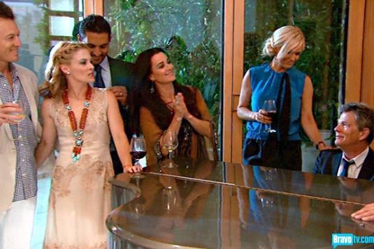 Real housewives of beverly hills season 3 gallery episode 315 14.jpg