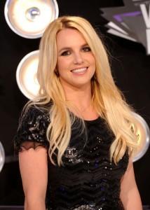2011__09__Britney Spears Sept23neb 214×300.jpg