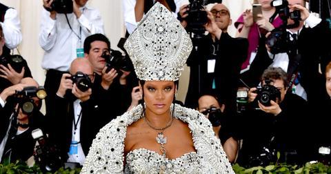 rihanna dressed as pope met gala pics pp