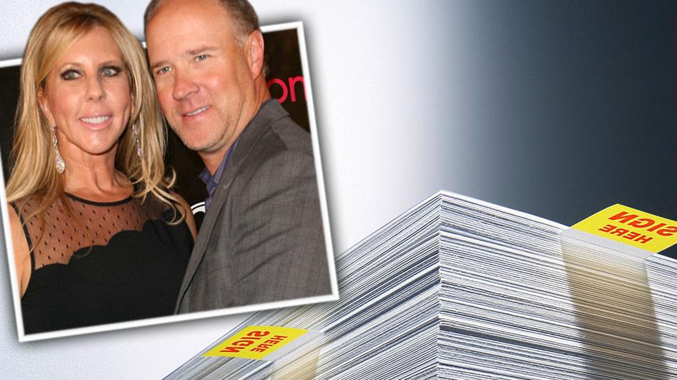 Vicki gunvalson brooks ayers relationship contract