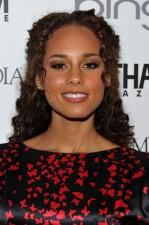 2010__04__Alicia_Keys_April6news 149×225.jpg