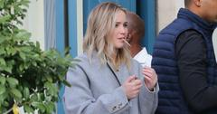 jennifer lawrence smokes something suspicious new orleans pic pp