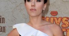 2011__09__Scarlett Johansson Sept14newsbt 300×292.jpg