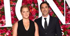 Amy schumer confirms pregnancy paternity joke main