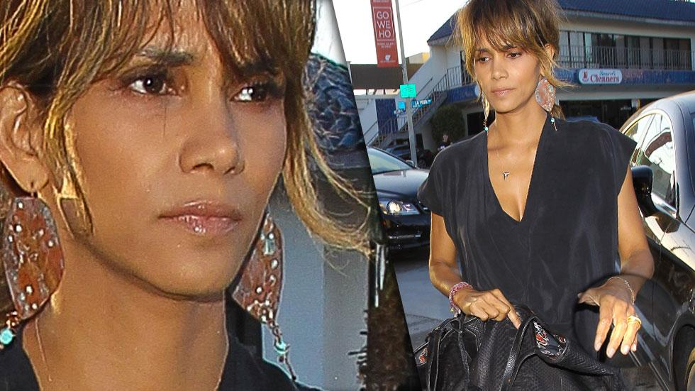 Somber halle berry with ring at craig divorce rumors