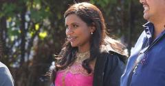 mindy kaling baby bump mindy project pics long