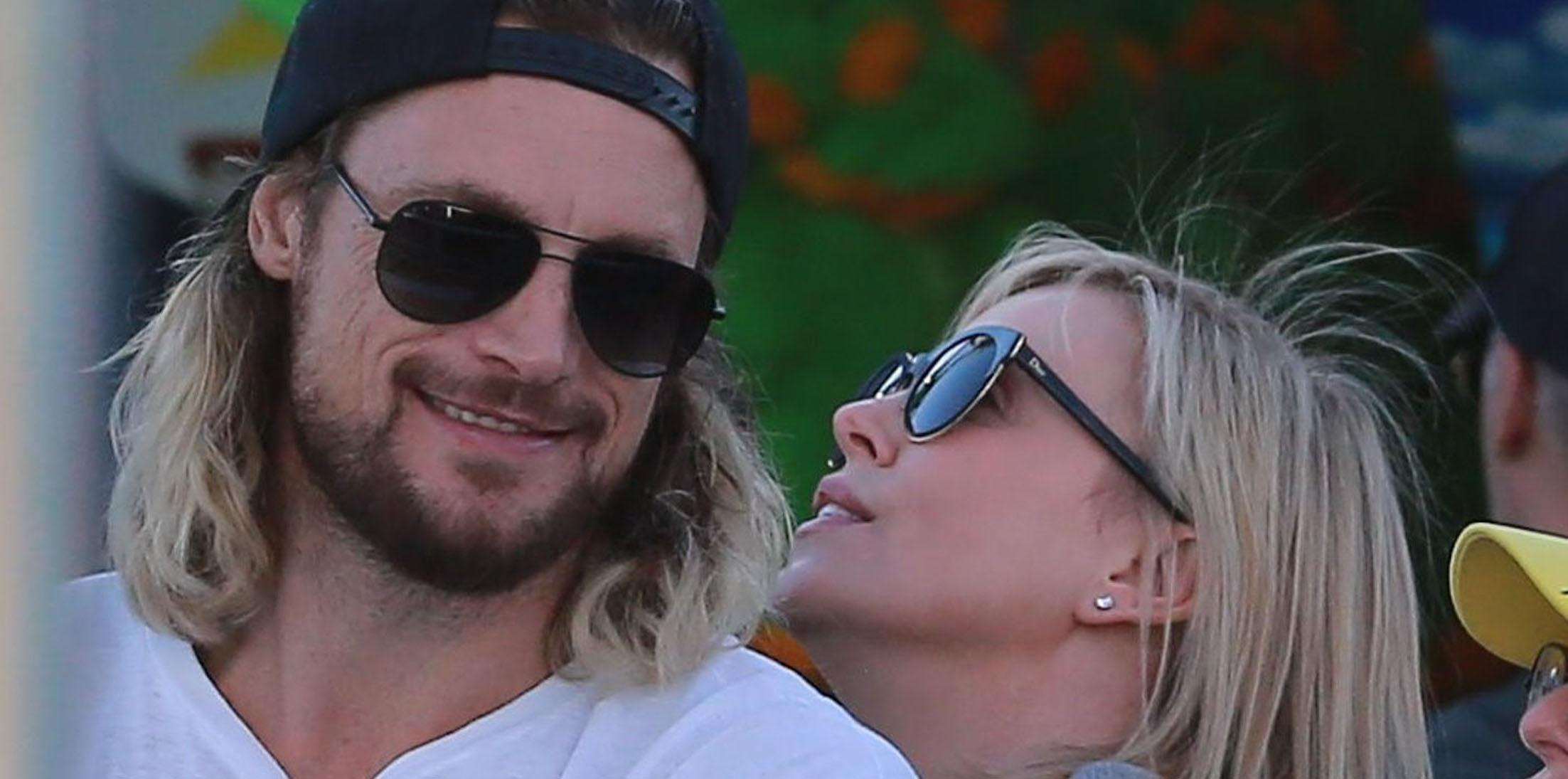 *PREMIUM EXCLUSIVE* Gabriel Aubry and Charlize Theron begin new romance!