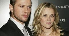 2010__12__Ryan_Phillippe_Reese_Witherspoon_Dec30news 300×255.jpg